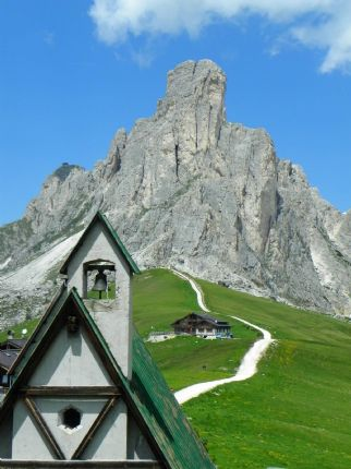 DolomitesRoadCycling35.jpg - Italy - Dolomites and Alps - Italia Road Cycling