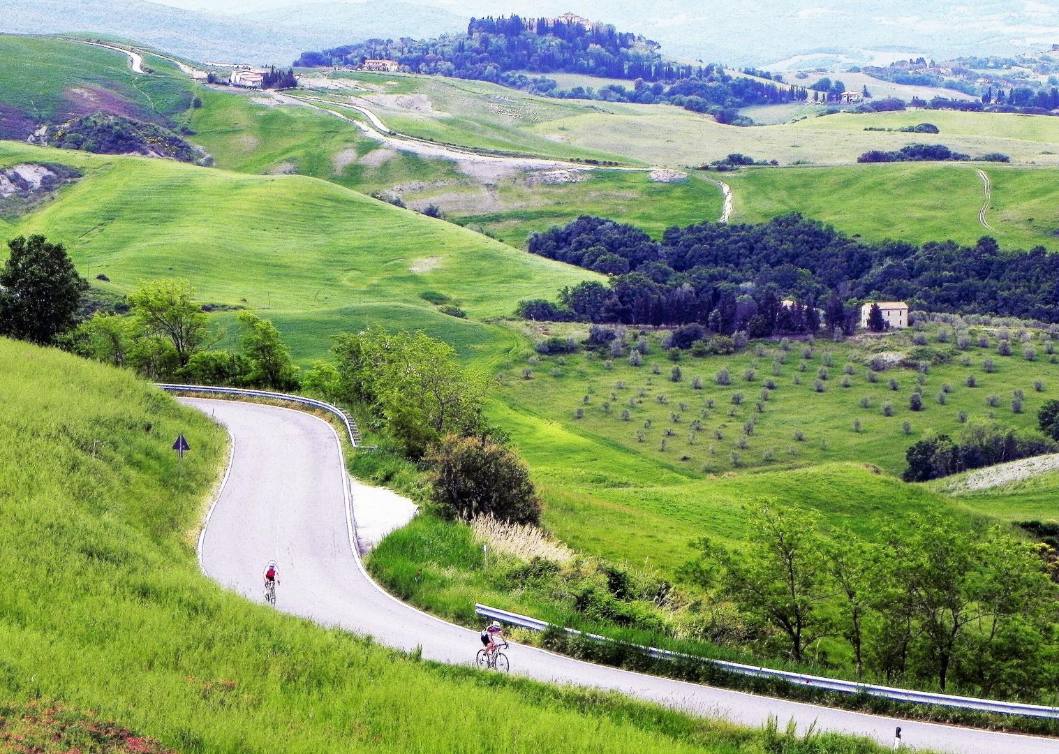 landscapes-italy-tuscany-road-cycling.jpg - Italy - Tuscany Tourer - Guided Road Cycling Holiday - Italia Road Cycling