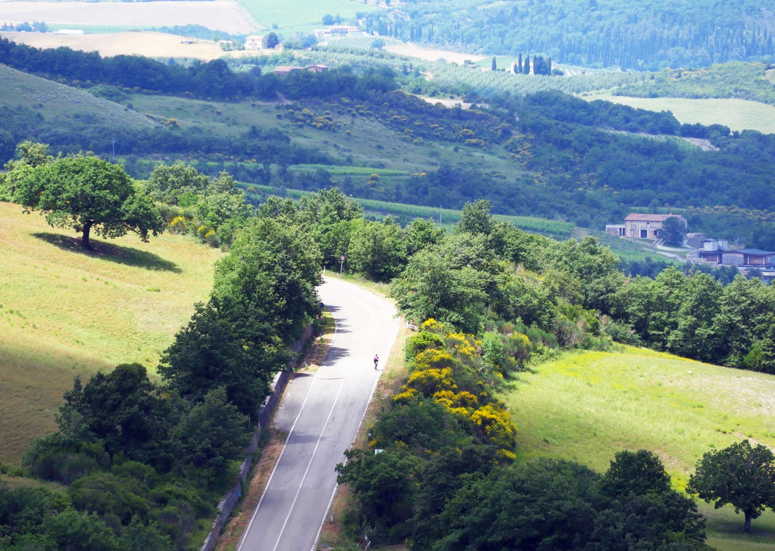 road-cycling-tuscany-italy.jpg - Italy - Tuscany Tourer - Guided Road Cycling Holiday - Italia Road Cycling