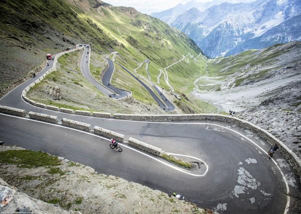 stelvio-guided-road-cycling-holiday.jpg - Italy - Italian Alps - Guided Road Cycling Holiday - Italia Road Cycling
