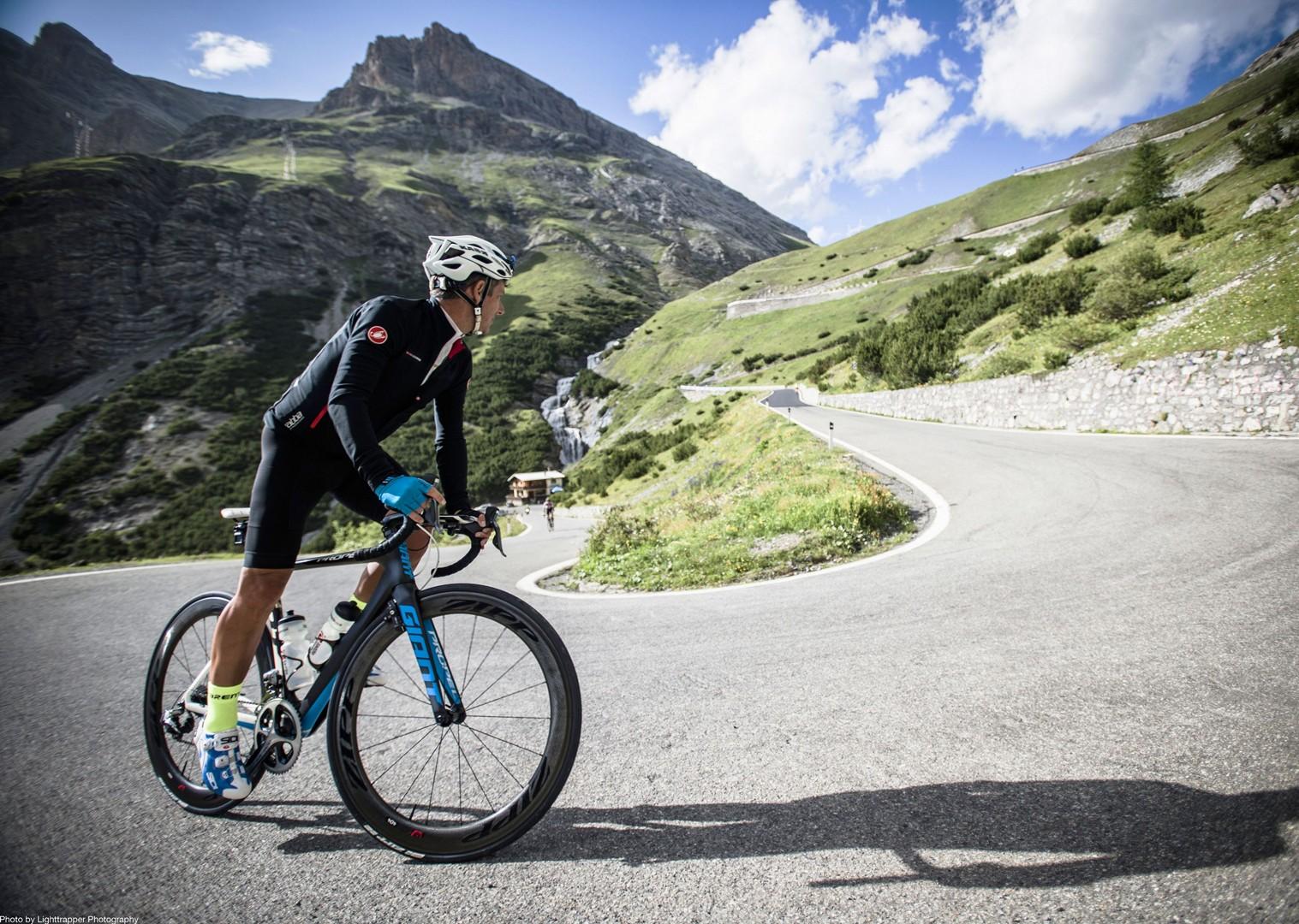 italian-alps-guided-road-cycling-holiday.jpg - Italy - Italian Alps - Guided Road Cycling Holiday - Italia Road Cycling