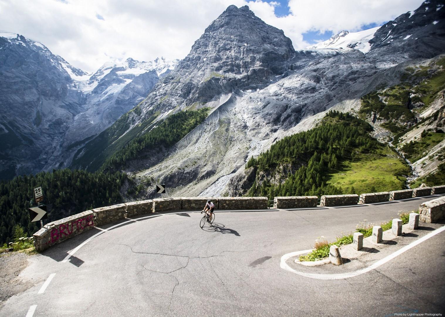 italy-italian-alps-guided-road-cycling-holiday.jpg - Italy - Italian Alps Introduction - Guided Road Cycling Holiday - Italia Road Cycling
