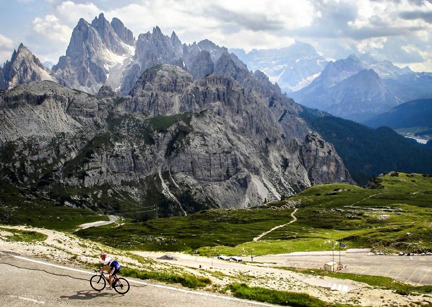 incredible-mountain-climbs-scenery-on-road-bike.jpg - Italy - Italian Dolomites - Guided Road Cycling Holiday - Italia Road Cycling