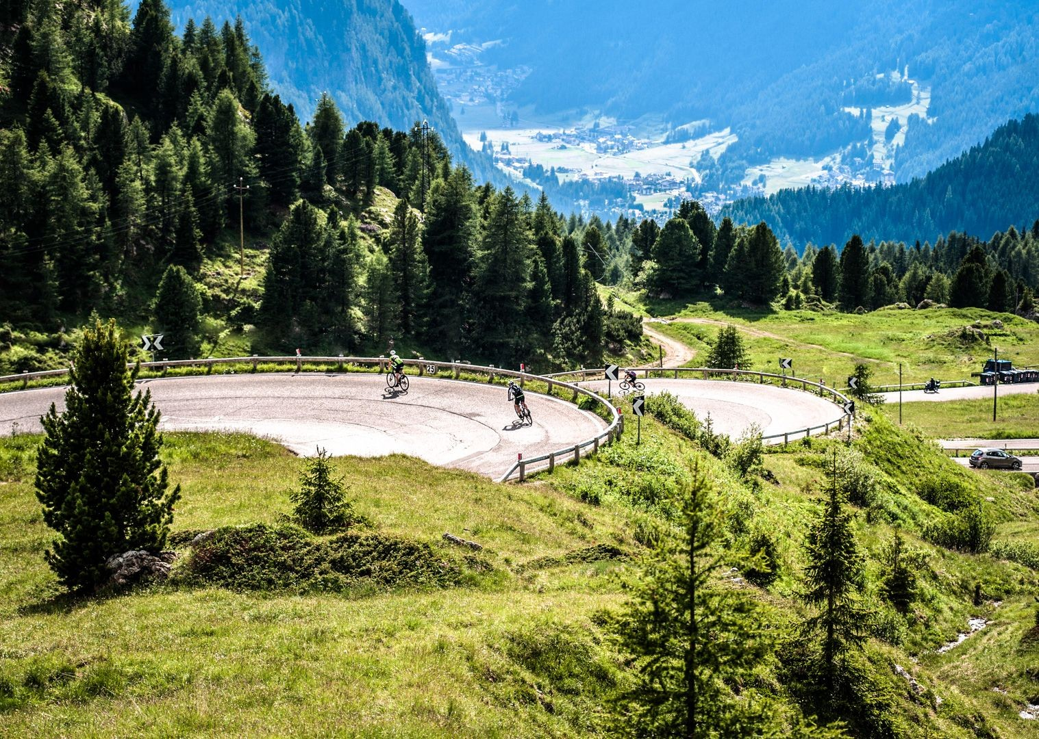 climb-the-zoncalan-italian-dolomites-guided-road-cycling.jpg - Italy - Italian Dolomites - Guided Road Cycling Holiday - Italia Road Cycling