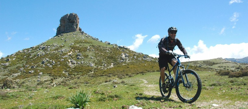 A brilliant place to place mountain bike holiday in Italy, great fun for bikers of all ability from fit cyclists with some off-road experience to advanced riders looking for a relaxing holiday. The route alternates between dirt tracks, remote mountain roads, fun singletrack trails and quiet asphalt roads.