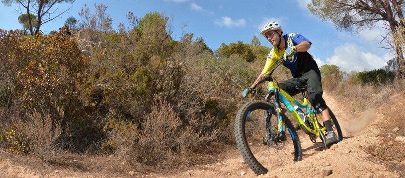 This fantastic mountain bike holiday in Italy goes from north to south Sardinia. This is the ultimate place to place Sardinian mountain bike trip and is a dramatic ride through true wilderness.