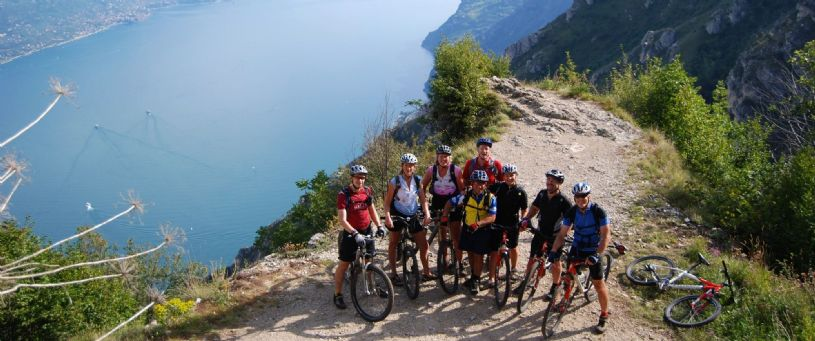The rugged alps of the Italian Dolomites and the hills surrounding Lake Garda present a wonderful setting for a mountain bike holiday in Italy. A distinctly varied adventure over breathtaking routes in the style of classic Italian cross-country mountain biking. The riding is challenging and varied - forest trails, singletrack, old military routes, ridge top rides, high alpine passes, cheeky ...